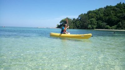 Kayaking inside the Dinawan Lagoon, Crystal clear water of Dinawan